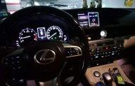 Cần bán gấp Lexus ES 250 đời 2017, màu trắng, còn mới 95% giá 2 tỷ tại Tp.HCM