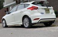 Cần bán gấp Ford Focus năm 2018 màu trắng, giá 755 triệu giá 755 triệu tại Hà Nội