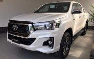 Bán xe Toyota Hilux đời 2019, màu trắng, nhập khẩu nguyên chiếc giá 695 triệu tại Tp.HCM
