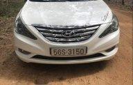Cần bán gấp Hyundai Sonata năm sản xuất 2010, màu trắng, xe nhập giá 586 triệu tại Tp.HCM
