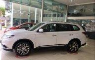 Bán xe Mitsubishi Outlander sản xuất năm 2019, màu trắng giá 807 triệu tại Đà Nẵng