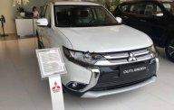 Cần bán xe Mitsubishi Outlander 2.0 CVT đời 2019, màu trắng, 808 triệu giá 808 triệu tại Hà Nội
