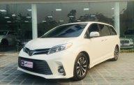 Bán xe Toyota Sienna Limidted sx 2018, màu trắng, siêu lướt 12.000km giá 3 tỷ 950 tr tại Hà Nội