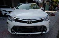 Bán ô tô Toyota Camry 2.0 năm sản xuất 2016, màu trắng giá 829 triệu tại Đà Nẵng