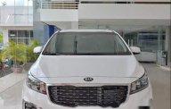 Cần bán xe Kia Sedona sản xuất năm 2019, màu trắng giá 1 tỷ 209 tr tại Tp.HCM
