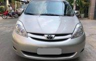 Bán Toyota Sienna LE 2009 nhập Mỹ màu bạc, biển số thành phố giá 545 triệu tại Tp.HCM