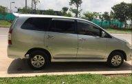 Chính chủ bán xe Toyota Innova 2.0E đời 2012, màu bạc số sàn giá 427 triệu tại Tp.HCM