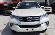 Bán xe Toyota Fortuner máy dầu tự động 1 cầu, mới 100% giao ngay đủ màu giá 1 tỷ 96 tr tại Tp.HCM