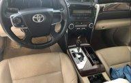 Cần bán lại xe Toyota Camry sản xuất 2013, màu vàng giá 680 triệu tại Thanh Hóa