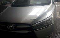 Cần bán lại xe Toyota Innova năm 2016, màu bạc số sàn giá 630 triệu tại Tp.HCM