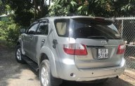 Bán Toyota Fortuner năm 2010, màu bạc số tự động, giá chỉ 590 triệu giá 590 triệu tại An Giang