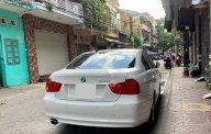 Bán BMW 320i 2011, màu trắng, xe nhập còn mới, giá 535tr giá 535 triệu tại Tp.HCM