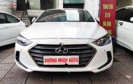 Bán Hyundai Elantra sx 2018, màu trắng số tự động, giá tốt giá 635 triệu tại Hà Nội