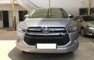Cần bán gấp Toyota Innova E năm 2016, màu bạc, 660tr giá 660 triệu tại Tp.HCM