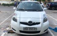 Cần bán Toyota Yaris 1.3 AT đời 2010, màu trắng, nhập khẩu giá 380 triệu tại Hà Nội