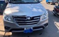 Cần bán Toyota Innova năm 2015, màu bạc, giá tốt giá 425 triệu tại Bình Dương
