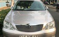 Cần bán gấp Toyota Camry đời 2002, màu vàng giá cạnh tranh giá 315 triệu tại Tiền Giang