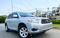 Cần bán lại xe Toyota Highlander đời 2009, màu bạc, xe nhập, giá tốt giá 625 triệu tại Tp.HCM
