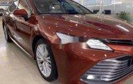 Cần bán xe Toyota Camry 2.5 năm 2019, màu đỏ, nhập khẩu chính chủ giá 1 tỷ 275 tr tại Tp.HCM