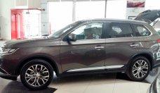 Cần bán Mitsubishi Outlander đời 2018, màu nâu, lợi xăng 7L/100km, giá tốt, cho vay 80% giá 807 triệu tại Quảng Nam