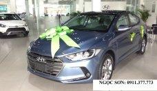 Bán Hyundai Elantra đời 2017 màu xanh đá cực đẹp, hỗ trợ trả góp 90% xe, chạy Grab - Lh Ngọc Sơn: 0911.377.773 giá 549 triệu tại Đà Nẵng