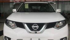 Bán ô tô Nissan X trail 2.5 SV Premium, màu trắng, giá tốt, giao xe ngay, hỗ trợ trả góp giá 1 tỷ 13 tr tại Quảng Bình