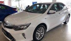 Bán Toyota Camry 2.5Q đời 2018, màu trắng giá 1 tỷ 290 tr tại Cần Thơ