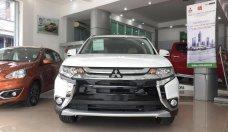 Cần bán Mitsubishi Outlander CVT năm 2018, màu trắng, giá tốt giá 798 triệu tại Hà Nội