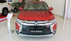 Bán xe Outlander màu đỏ, đời 2018, lợi xăng 7L/100km, cho góp đến 90% giá 807 triệu tại Đà Nẵng