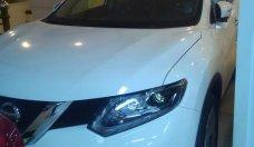 Cần bán Nissan X trail SL 2.0 đời 2018, màu trắng, xe 7 chổ, an toàn hàng đầu, tiết kiệm nhiên liệu, giá phải chăng giá 923 triệu tại Tp.HCM