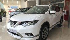 Bán Nissan X trail 2.0 SL 2WD Premium đời 2018, màu trắng giá 878 triệu tại Hà Nội