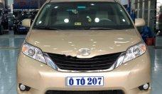 Bán Toyota Sienna LE 3.5 2010, màu vàng, xe nhập giá 1 tỷ 490 tr tại Tp.HCM