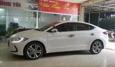 Bán Hyundai Elantra 2.0 AT năm 2018, màu trắng, giá 688tr giá 688 triệu tại Hà Nội