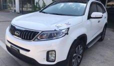 Bán Kia Sorento 2.4G đời 2017, màu trắng giá 888 triệu tại Hà Nội