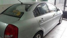 Cần bán Hyundai Verna 2010, màu bạc, nhập khẩu nguyên chiếc số tự động, giá chỉ 270 triệu giá 270 triệu tại Tp.HCM