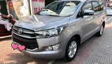 Cần bán Toyota Innova 2.0 E năm sản xuất 2017, màu xám xe gia đình giá 705 triệu tại Hà Nội