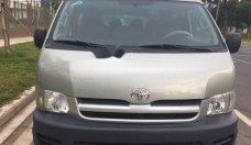 Cần bán xe Toyota Hiace đời 2010, màu bạc, giá tốt giá 372 triệu tại Tp.HCM