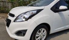 Bán Chevrolet Spark LT sản xuất năm 2017, màu trắng số sàn giá 286 triệu tại Tp.HCM