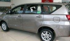 Cần bán Toyota Innova năm sản xuất 2018, màu bạc, giá tốt giá 713 triệu tại Tp.HCM