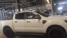 Cần bán gấp Ford Ranger XLS 2.2L 4x2 AT đời 2016, màu trắng, nhập khẩu như mới giá 655 triệu tại Tp.HCM