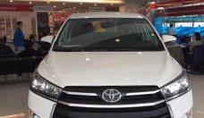 Innova 2.0E trắng tinh khôi. Giao xe ngay, hỗ trợ trả góp 90% giá trị xe. Gọi ngay 0988611089 giá 743 triệu tại Hà Nội