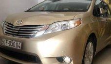 Bán Toyota Sienna năm 2015 chính chủ giá 2 tỷ 500 tr tại Tp.HCM