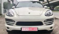 Bán xe Porsche Cayenne model 2012 màu trắng giá 2 tỷ 150 tr tại Hà Nội