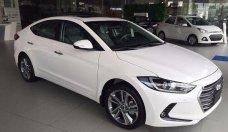 Bán xe Hyundai Elantra 1.6MT sản xuất năm 2018, màu trắng giá 560 triệu tại Tp.HCM