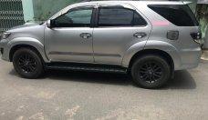 Bán xe Toyota Fortuner 2.5G 4x2MT năm sản xuất 2016, màu bạc giá 915 triệu tại Tp.HCM