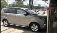 Cần bán xe Toyota Innova V sản xuất năm 2017   giá 880 triệu tại Tp.HCM