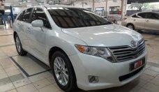 (Hãng) Bán Toyota Venza 2.7 đời 2009, màu trắng, xe nhập khẩu Mỹ giá 800 triệu tại Tp.HCM
