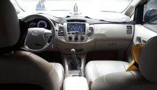 Bán Toyota Innova năm sản xuất 2015, màu bạc chính chủ giá 560 triệu tại Tp.HCM