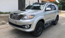 Cần bán Toyota Fortuner sản xuất 2015, màu bạc xe gia đình, giá tốt giá 845 triệu tại Tp.HCM
