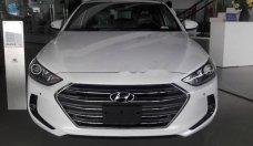 Bán xe Hyundai Elantra 2.0AT đời 2018, màu trắng, giá chỉ 749 triệu giá 749 triệu tại Tp.HCM